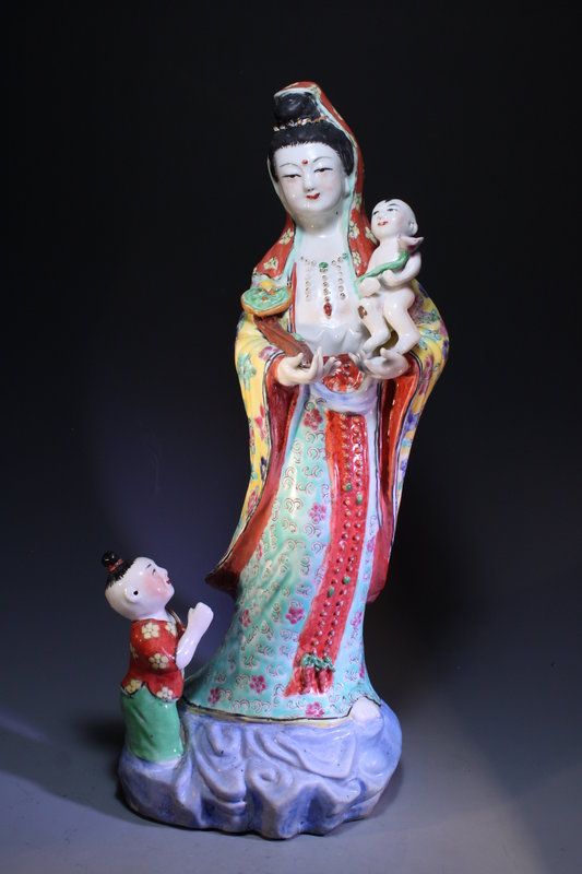 Chinese Famille Rose-Enameled Standing Guanyin,