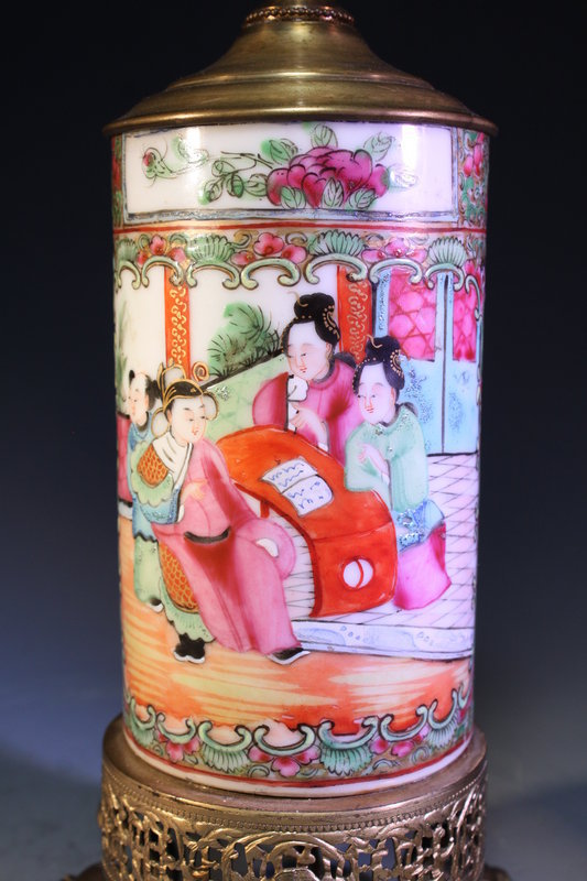 Chinese Export Famille Rose Porcelain Vase,