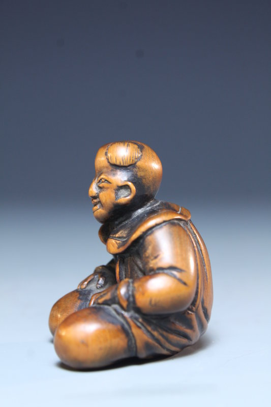 Japanese Carved Wood Netsuke; Karako.