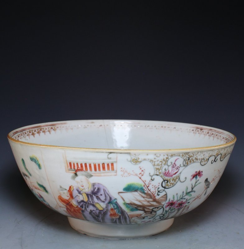 Antique Chinese Export Famille Rose Porcelain Bowl.