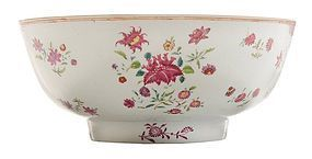 18th/19th C. Chinese Enameled Porcelain Bowl.