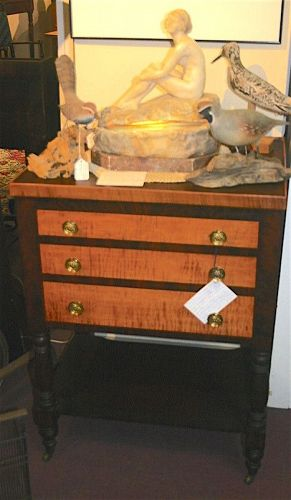 New York Federal period three-drawer work table stand