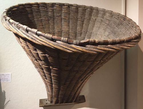 Large size French antique woven grape gathering basket