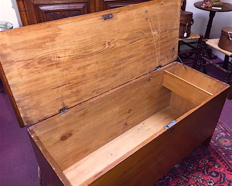 New England pine blanket chest, 19th C.
