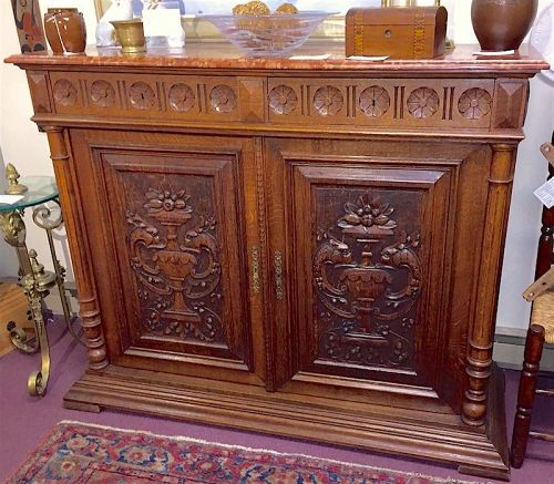 European oak sideboard cabinet - Aesthetic Movement
