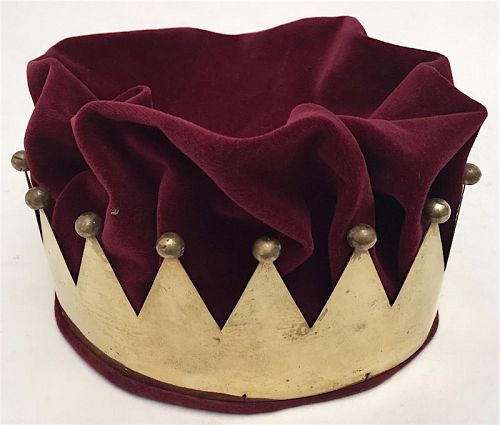 Vintage Odd Fellows ceremonial crown