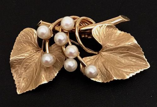 Vintage Carl Art 14K gold and pearl double leaf pin