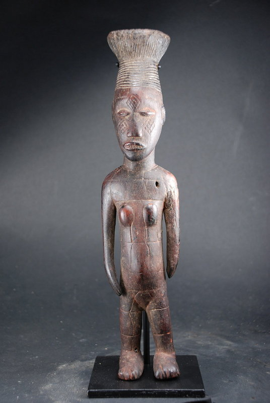 Rare Mangbetu Female Figurine