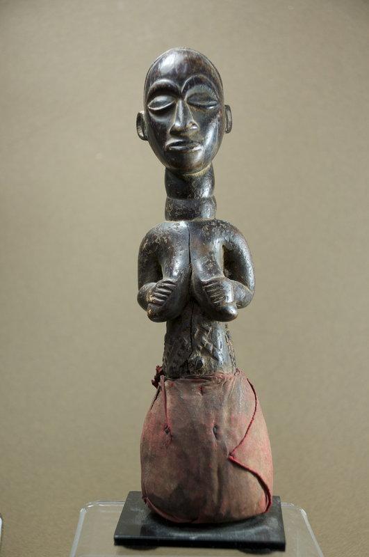 Feminine Figurine, Luba Ethnic Group