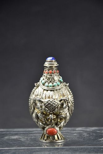 Silver Snuff Bottle, Tibet, 20th C.
