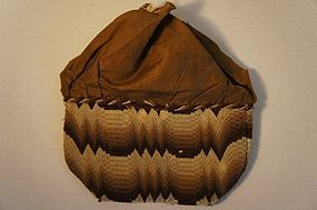 Early 19th C flame stitch purse in brown and cream floss
