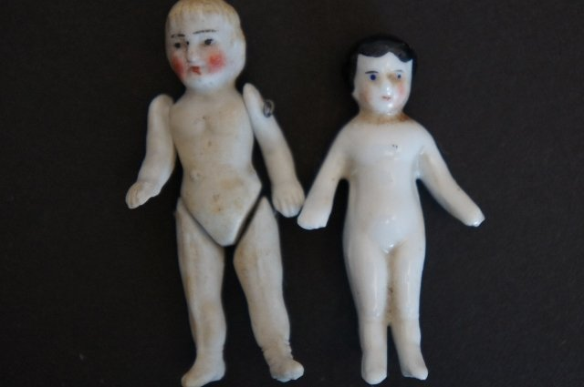 Tiny little 3 china and bisque dolls, Merry Christmas doll antique