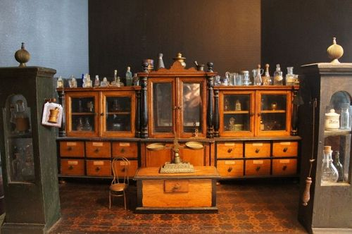 A room setting 19th C. Apothecary with fine detail GREAT dollhouse
