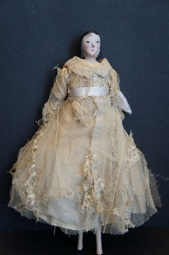 "9"" peg doll with original clothes and nice early hair style,"