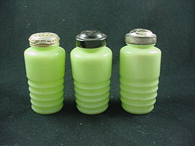 Kitchenware - Jeannette Jadite Ribbed Shakers
