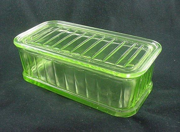 Kitchenware - Hocking 4 by 8 Refrigerator Jar & Lid