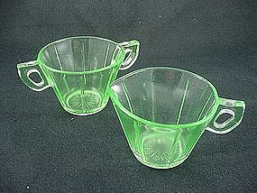 U.S. Glass Tendril Sugar & Creamer Set