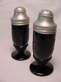 Cloverleaf Black Salt & Pepper Shaker Set
