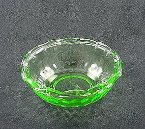 Hex Optic 4 1/2 inch Ruffled Berry Bowl - Green