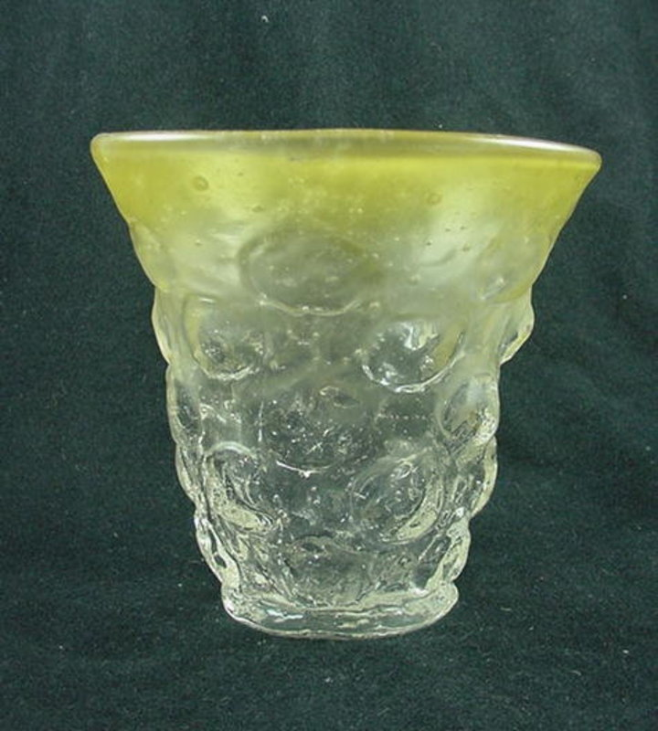 Consolidated Catalonian Sweet Pea Vase