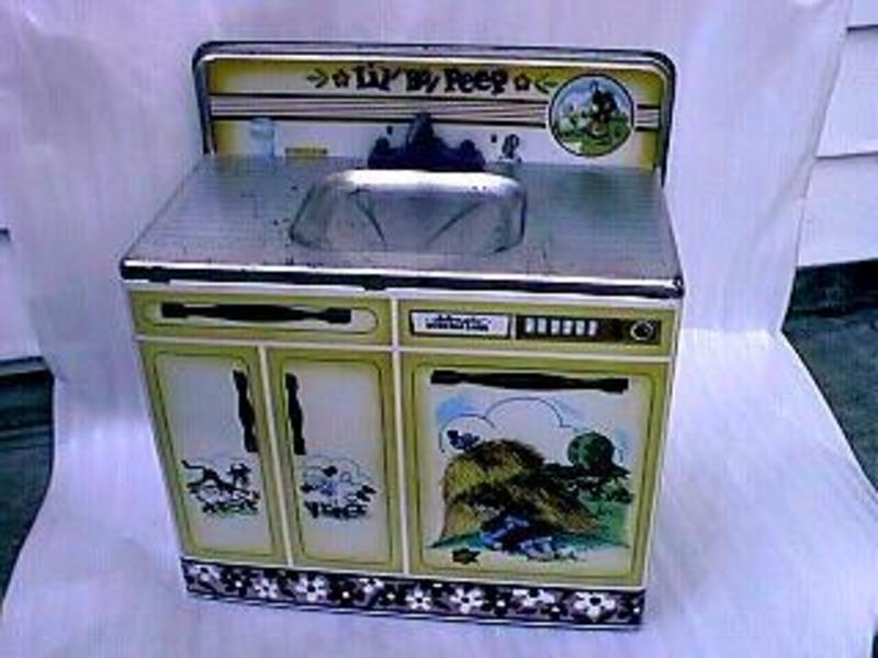 Wolverine Tin Toy Lil Bo Peep Sink