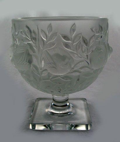 Lalique Elizabeth 12265 Vase Item 1335185
