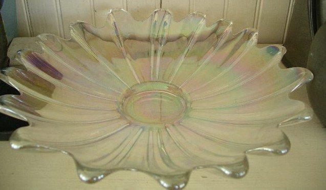White Carnival Star Burst Glass Bowl, c. 1930