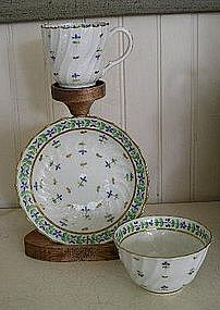 English Worcester Porcelain Trio, c. 1783, Flight