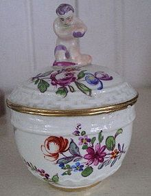 Rare German Hochst Porcelain Covered Cup, c. 1790