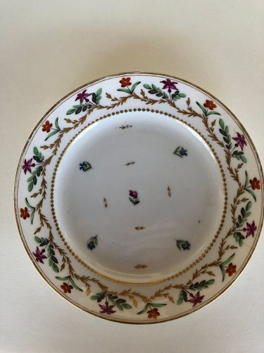 Floral dinner plate Old Paris late 18th century Potter factory