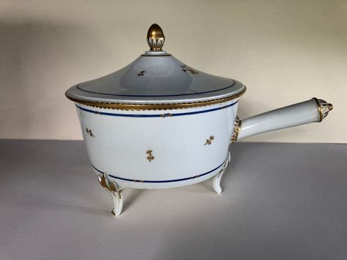 Porcelain large sauce pan with handle, Vienna 1822