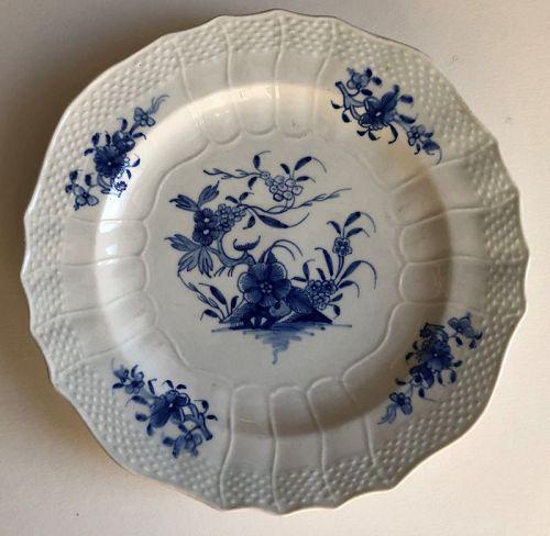 Porcelain plate underglaze blue Ronda pattern Tournai 19th century