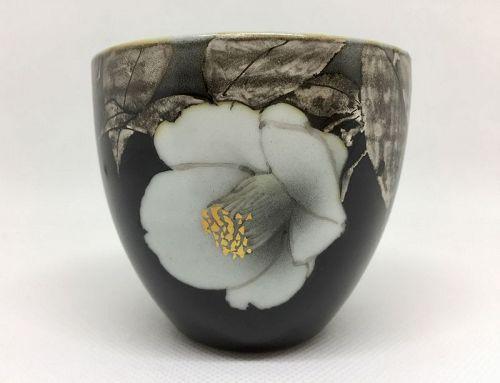 Porcelain teacup by Takanori Fujino