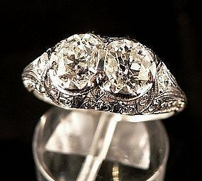 Antique Art Deco Platinum and Diamond Ring