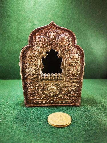 Qing Dynasty Tibetan Copper Amulet Box (Ga'u)