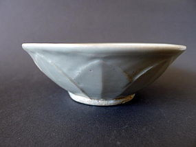 Rare and nice Song - Yuan Qingbai glazed Lotus bowl