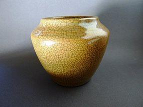 A very beautiful Yongzheng Period Ge - type vase