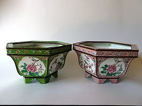 A pair of very decorative hexagonal Canton enamel jardinieres