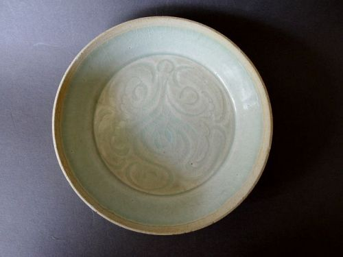 A Song Dynasty Qingbai glazed brush washer with incised decoration
