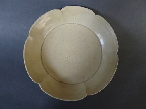 A rare, perfect foliate Dingyao bowl