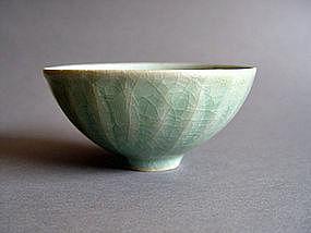 A fine Longquan Celadon Lotus Bowl Southern Song Dyn.