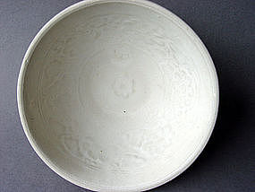 Rare Annamese white glazed Bowl with molded decoration