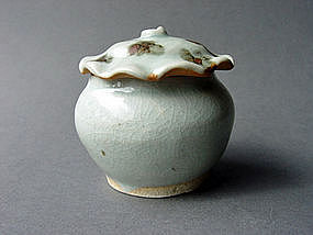 Yuan Dynasty Qingbai glazed Jar with Lotus shape  Lid