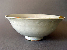 Large  Yuan Dyn. Shufu Ware Bowl with molded decoration