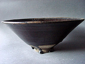 Large Yuan Dynasty brown glazed Bowl