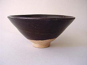 Yuan Dynasty brown glazed bowl !
