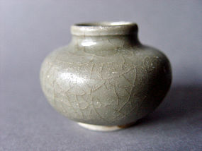 A typical Song - Yuan Longquan ware Celadon Jarlet