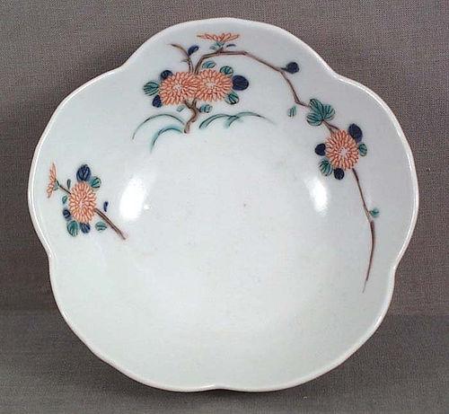 19c Japanese porcelain KAKIEMON flower bowl chrysanthemum