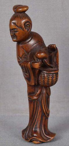 Early 19c netsuke female Immortal SEIOBO with peach & basket