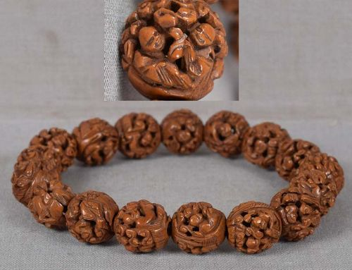 19c Cninese bracelet SCENES OF SCHOLARS carved fruit pits